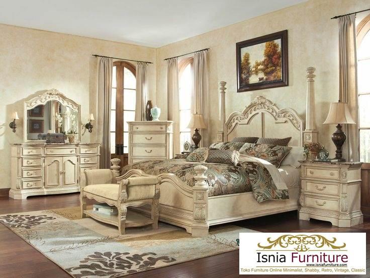 Model Tempat Tidur Set Kamar Mewah Klasik Dua Pilar