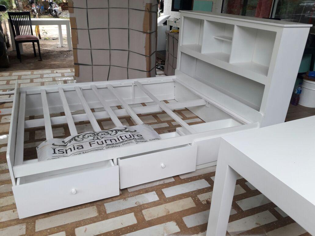 Tempat Tidur Laci Multiguna Untuk Rumah Minimalis